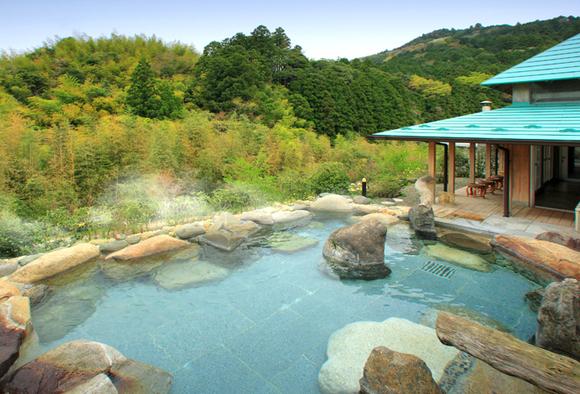 The open air hot springs at Goryaku No Yu