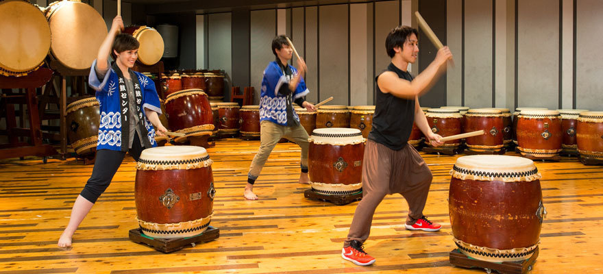 Japanese Drum Lessons at TAIKO-LAB