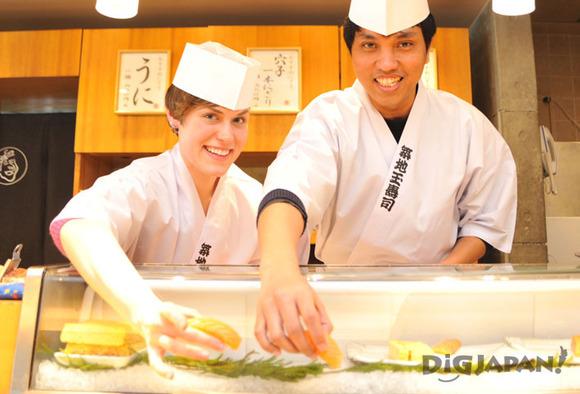 カウンターで本物の寿司職人体験