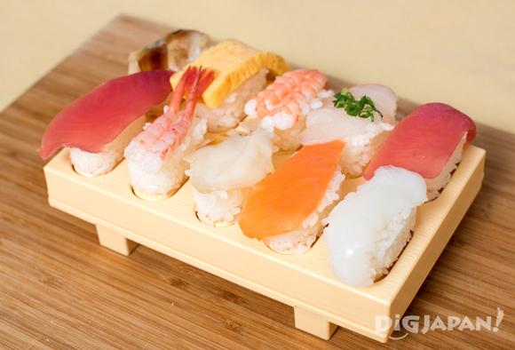 Finished nigirizushi sushi