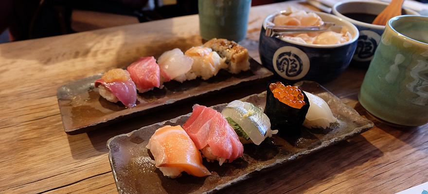 พาชิมร้านซูชิสดใหม่ เจ้าดังที่สุด ในตลาดปลาของโอซาก้า Endo Sushi
