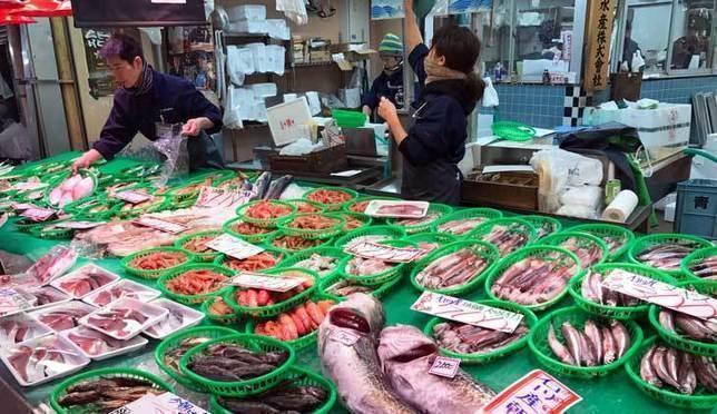 金澤近江町市場!在三百年歷史老市場吃遍金澤美食!