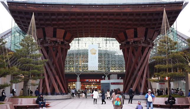 不止漂亮!世界最美车站金泽车站还是逛吃天堂
