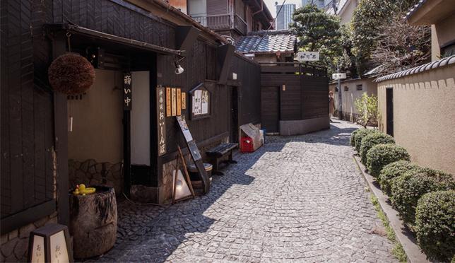 石板路老街里的欧风日本,神乐坂的9大魅力