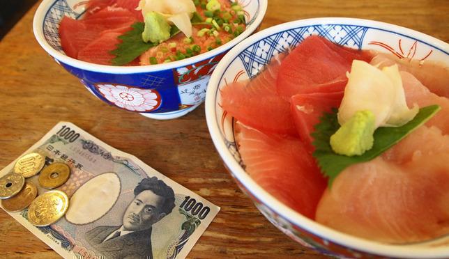 ถูกเว่อร์! 4 เมนูอาหารอร่อย สบายกระเป๋าใน Shinjuku