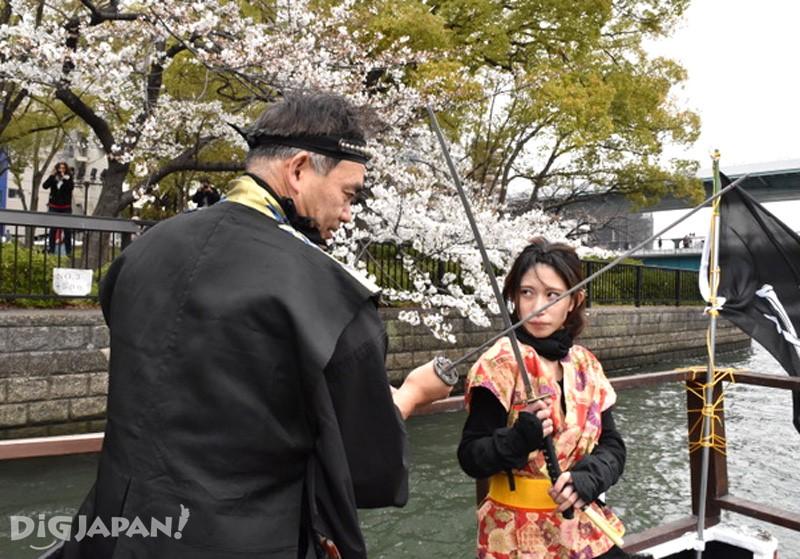 忍者樱花游览船