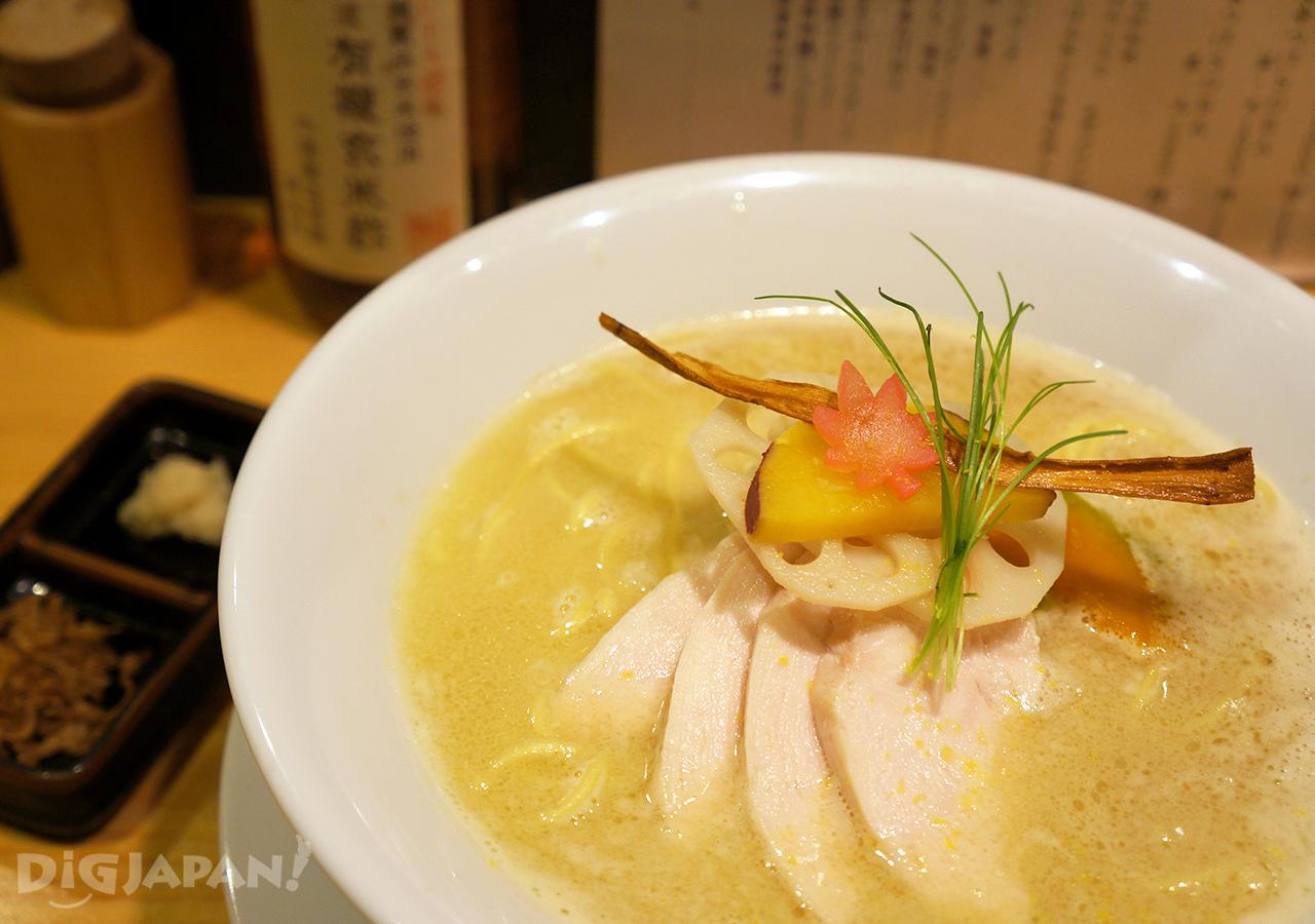 銀座 篝-鶏白湯Soba