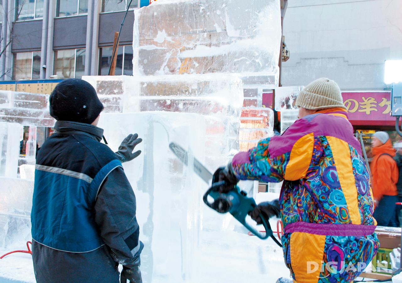 冰雕竞技现场