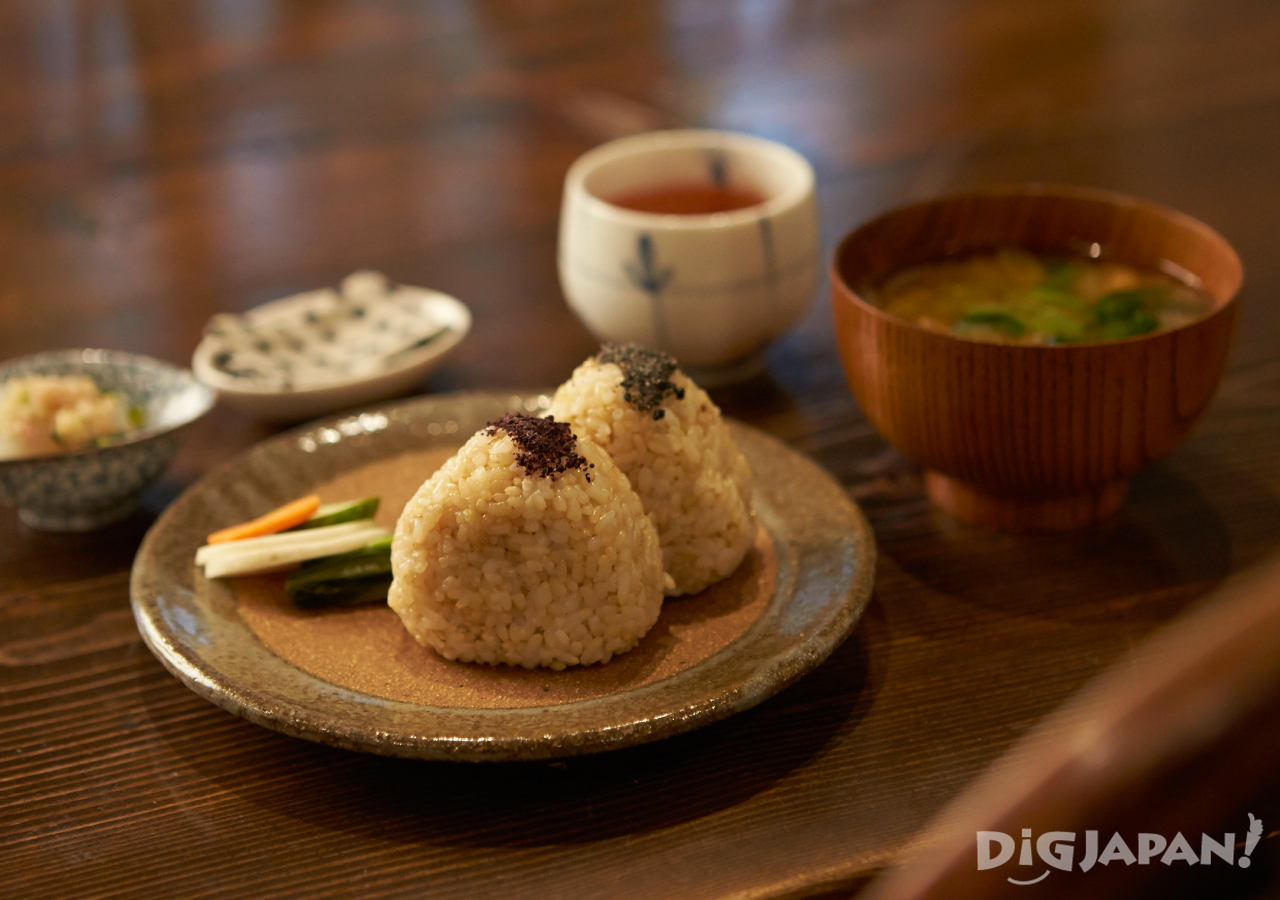 일본 도쿄 채식 네즈노야 주먹밥 오니기리