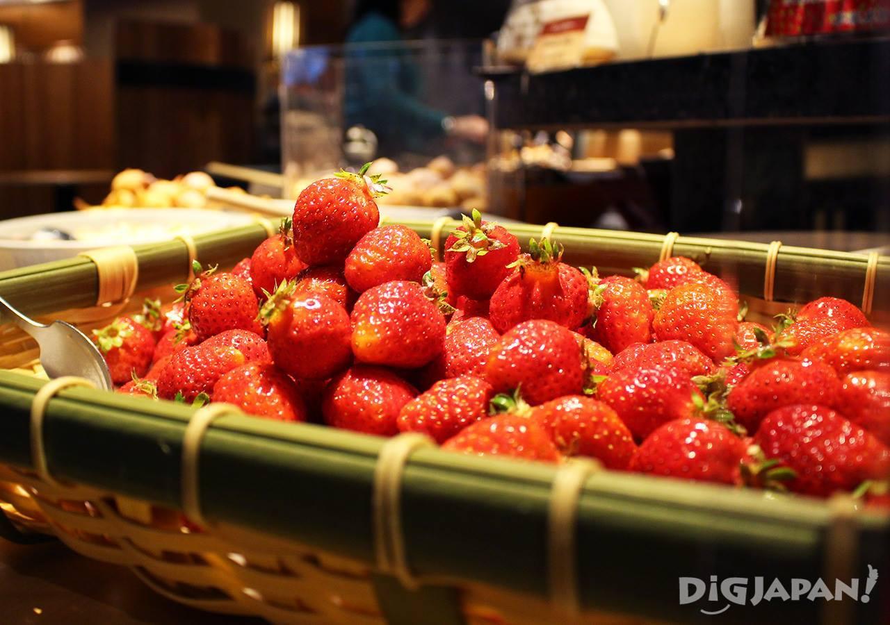 우에노 뷔페 딸기