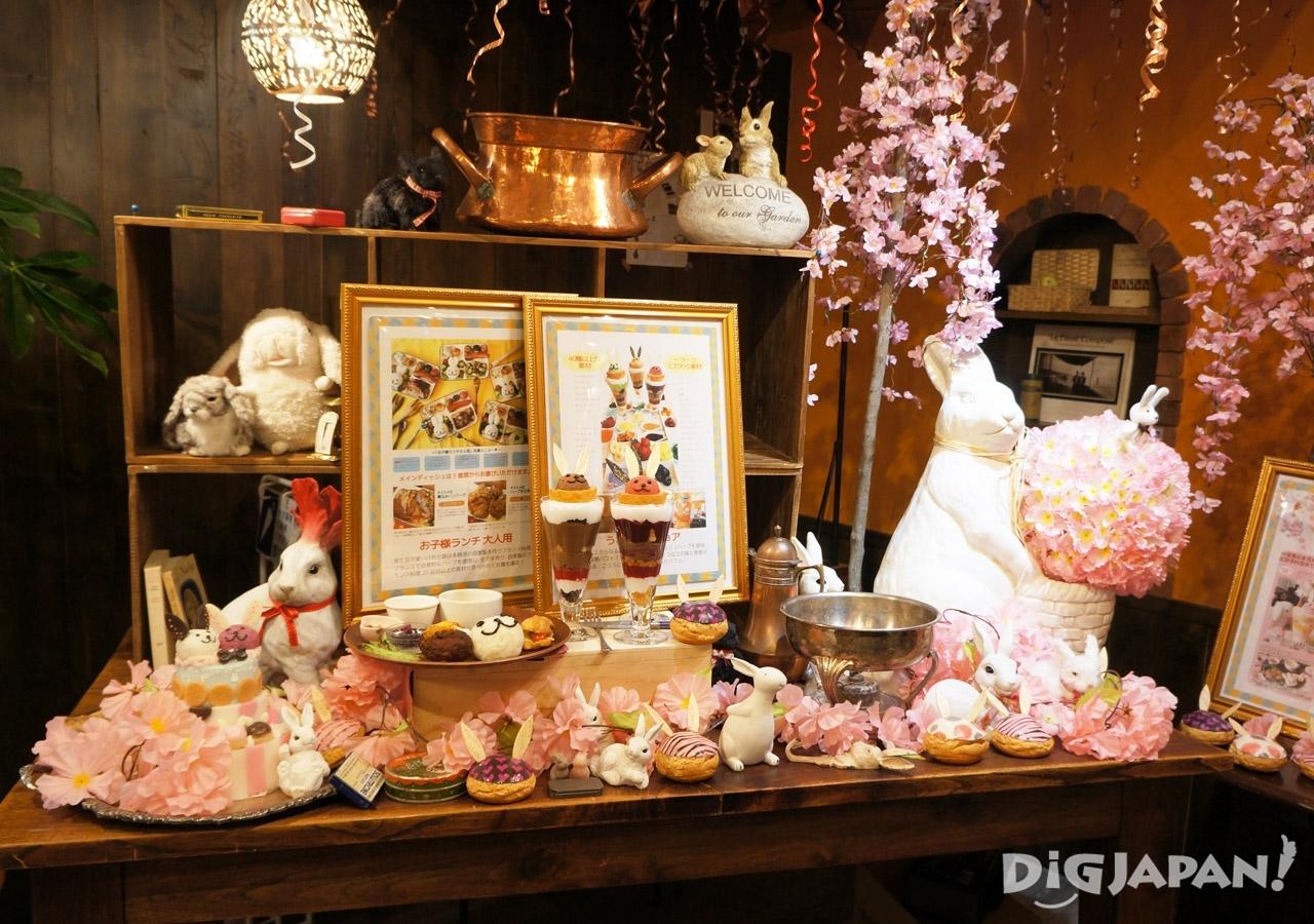 店內櫻花裝飾