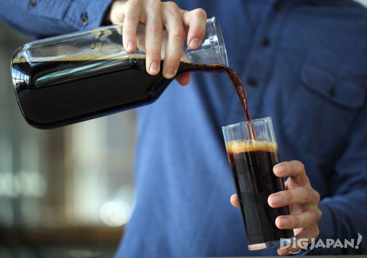 BLUE BOTTLE COFFEE_一杯一杯丁寧に淹れる珈琲