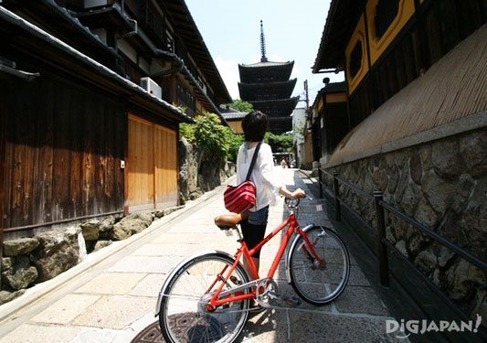 First Time Travelers in Japan 10 Tips Kyoto Cycling Tour Project