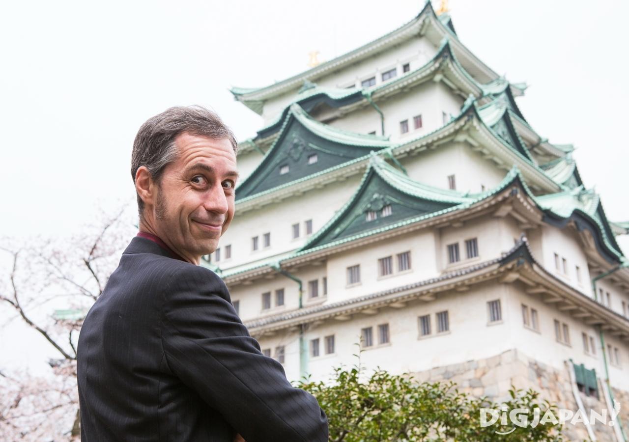 名古屋城が大好きなクリス・グレンさん