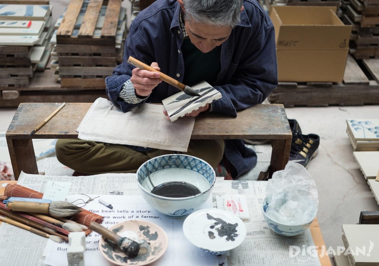 50年の経験がある職人 藤井さんも「コーヒーの樹は初めて」と語る