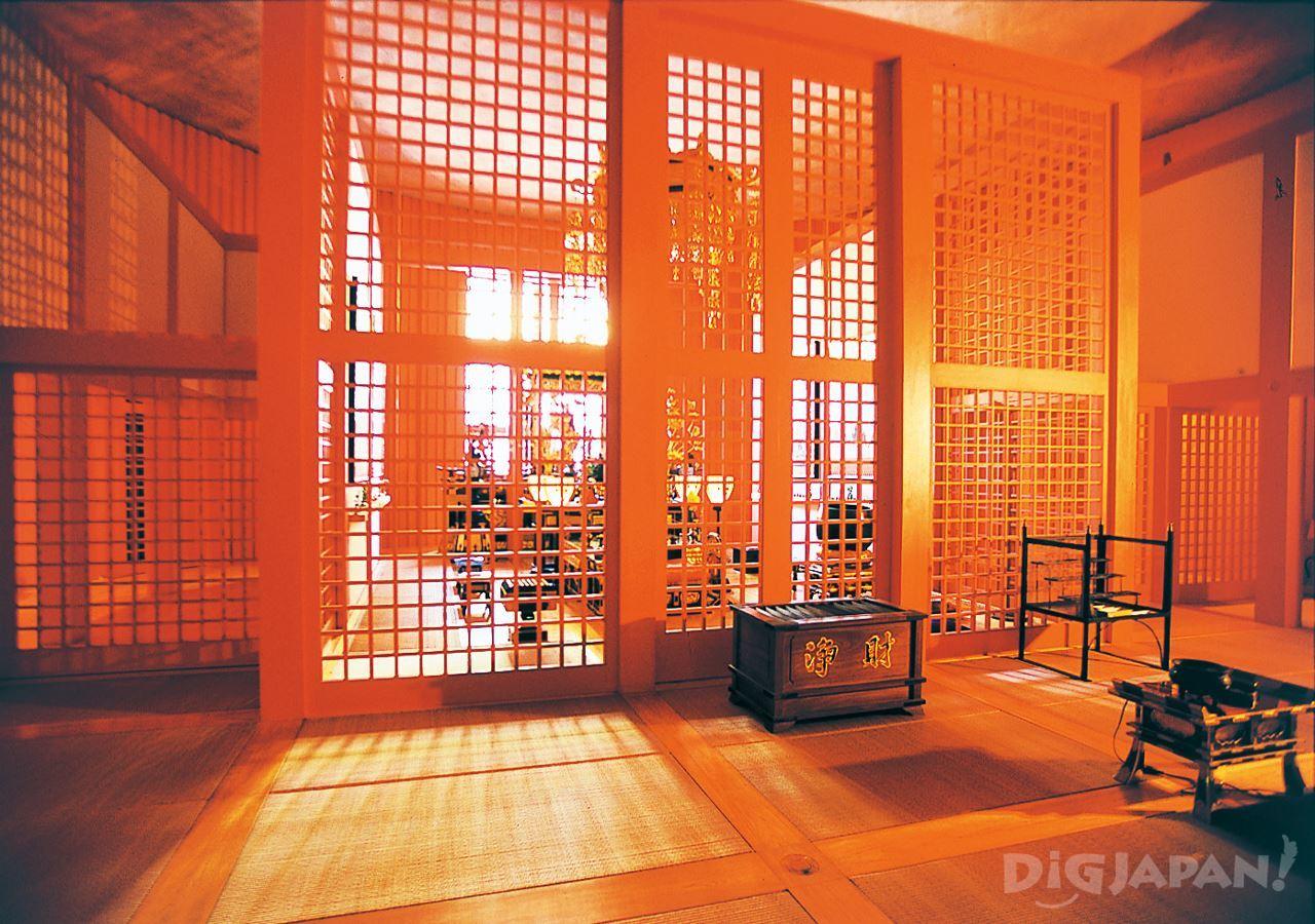 本福寺水御堂-1