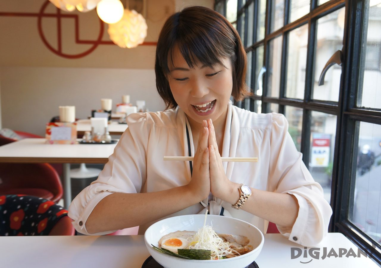 Ayami tries lots of ramen