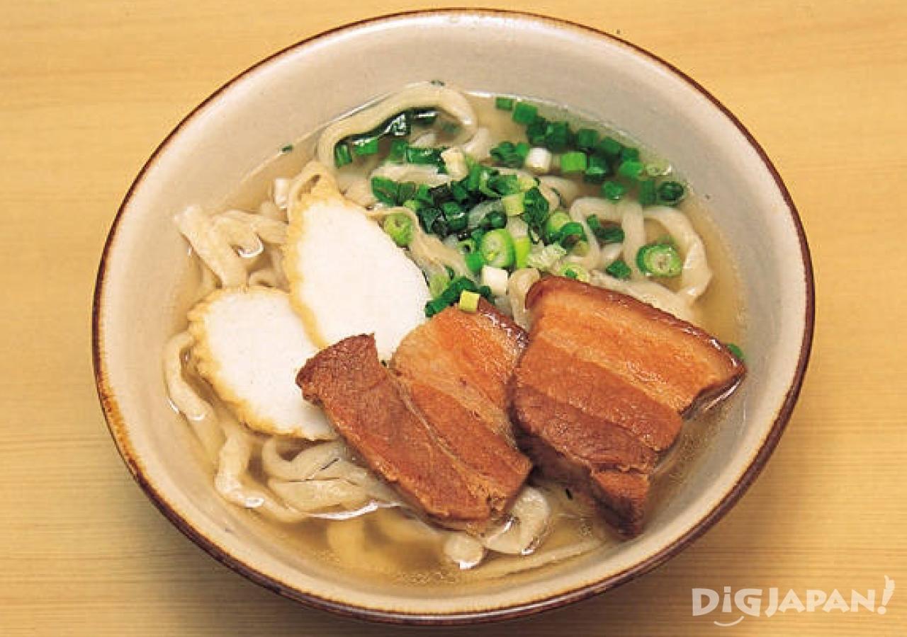 오키나와 현지 음식 로컬푸드 오키나와 소바