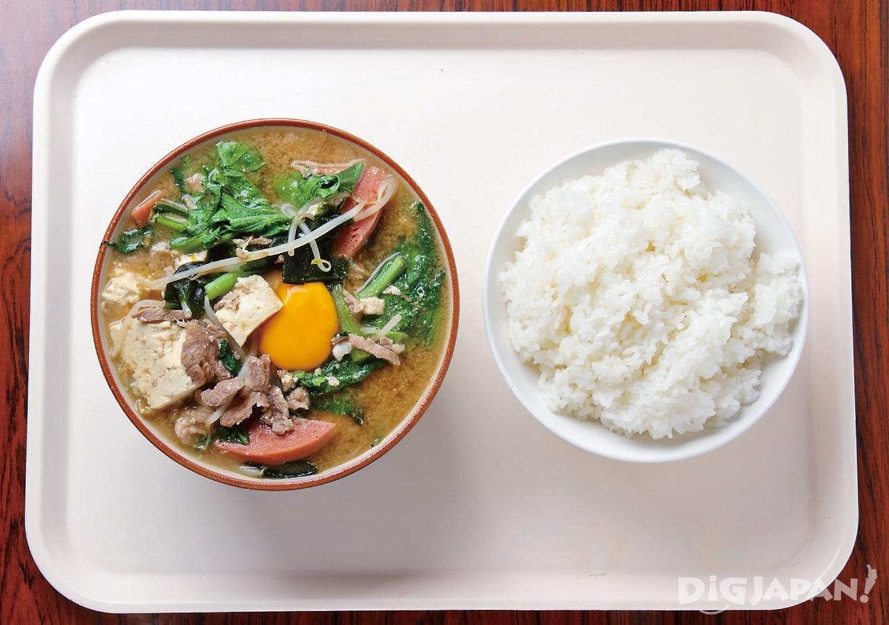 오키나와 현지 음식 로컬푸드 미소 된장국