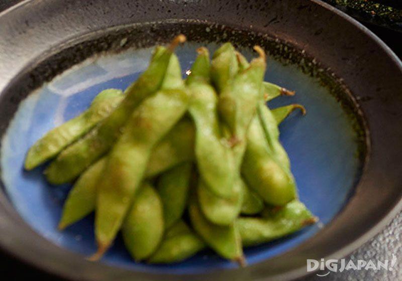 安本酒造 白岳仙と食べる枝豆は格別のおいしさ