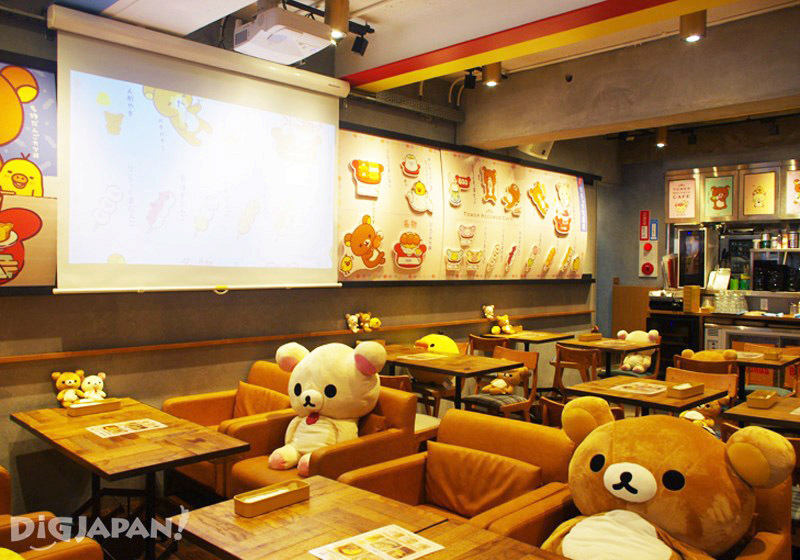TOWER RECORDS CAFE 表参道店店內