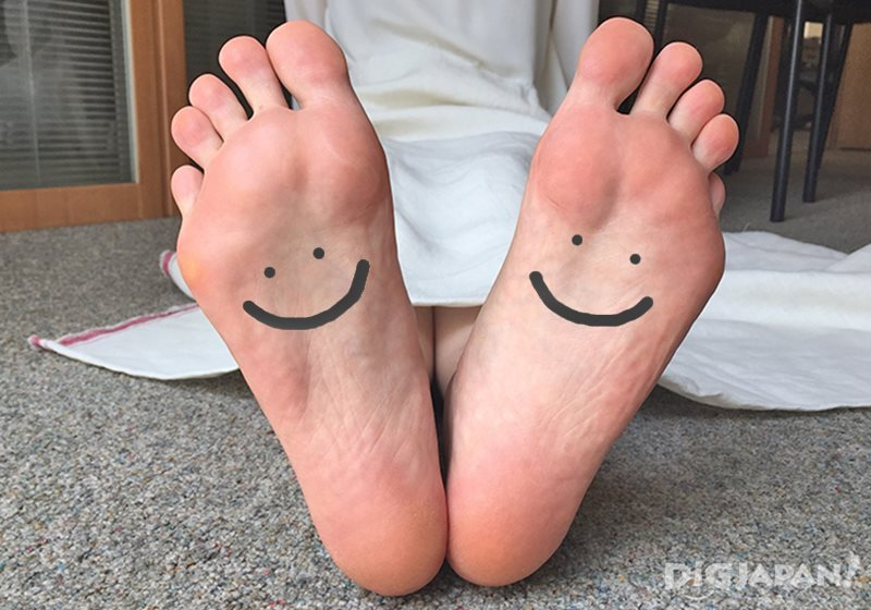 แผ่นแปะเท้า Ashi Rila Sheet_สบายเท้า