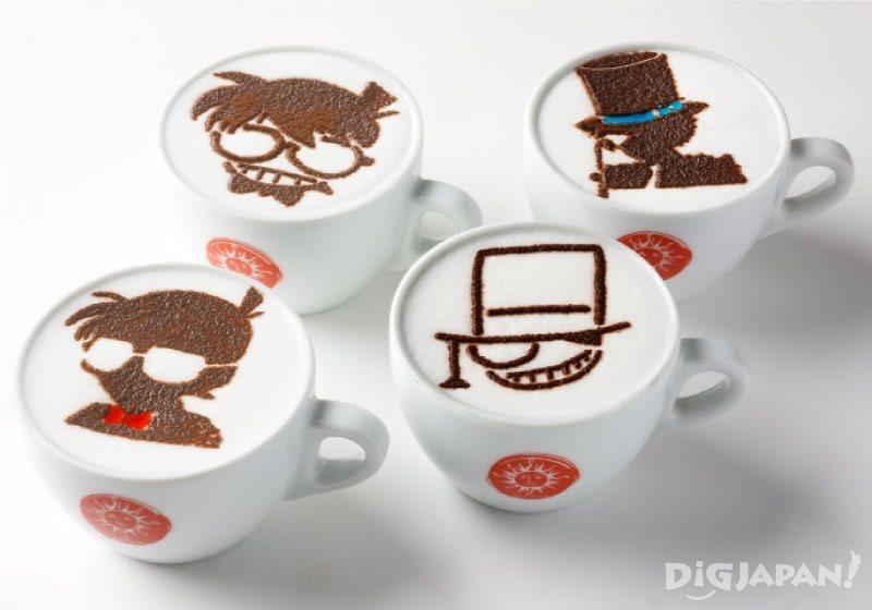 畫上動漫中角色的塗鴉卡布奇諾咖啡
