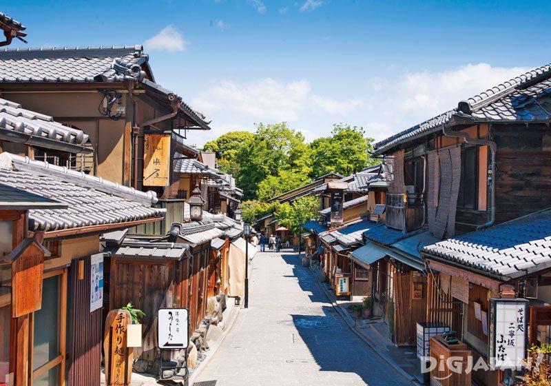Ninenzaka in Kyoto