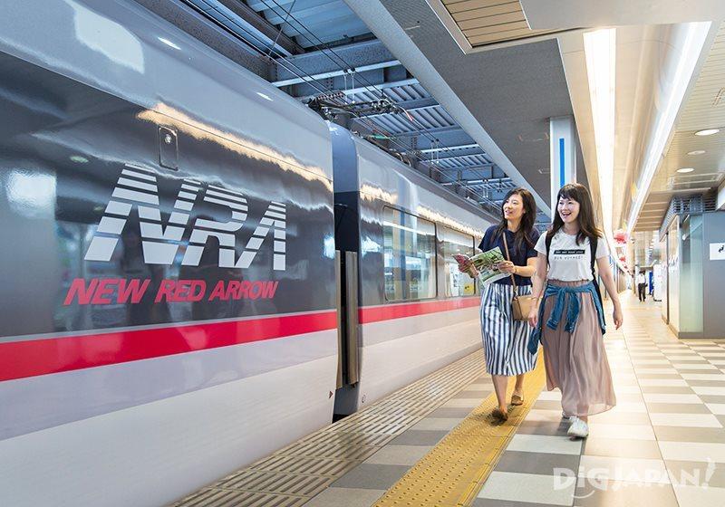 """""""จิจิบุ"""" มาที่เดียวเที่ยวได้ทุกแบบ!_รถไฟ New Red Arrow"""