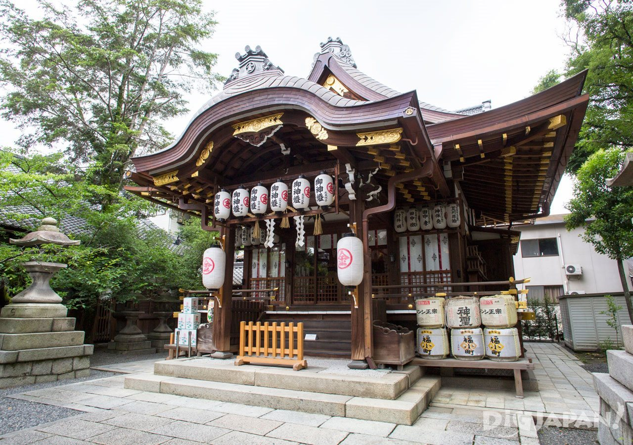Yasui Konpiragu Shrine in Kyoto