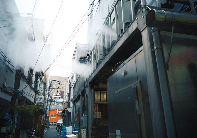 Tofu-no-Futaba in downtown Tokyo