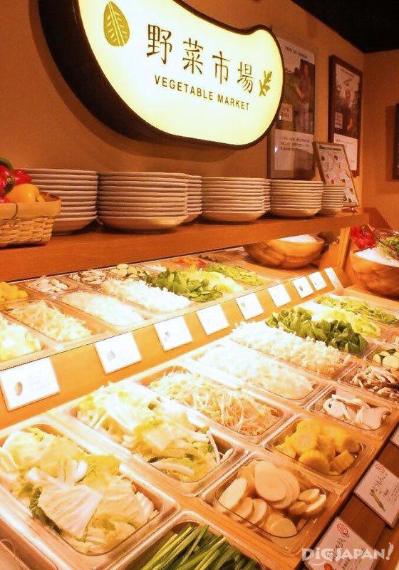 野菜類のビュッフェ