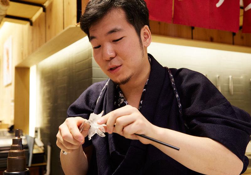 Amezaiku candy art craftsman Shinri Tezuka of Ameshin