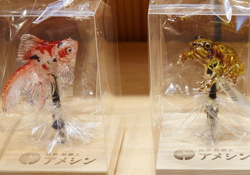 Shinri Tezuka's amezaiku goldfish as Ameshin in Asakusa, Tokyo
