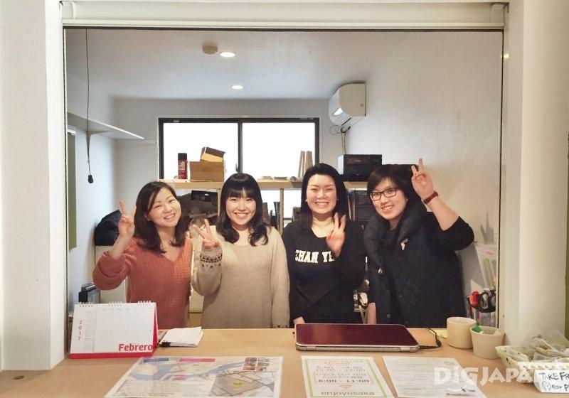 오사카 추천 게스트하우스 J-hoppers 스탭