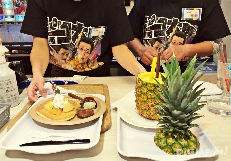 圖左PPAPancake700日元,圖右PPAP Fresh Juice878日元