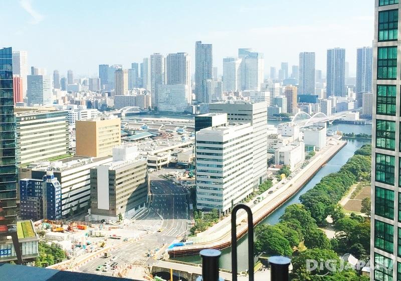 從24樓景觀餐廳眺望東京