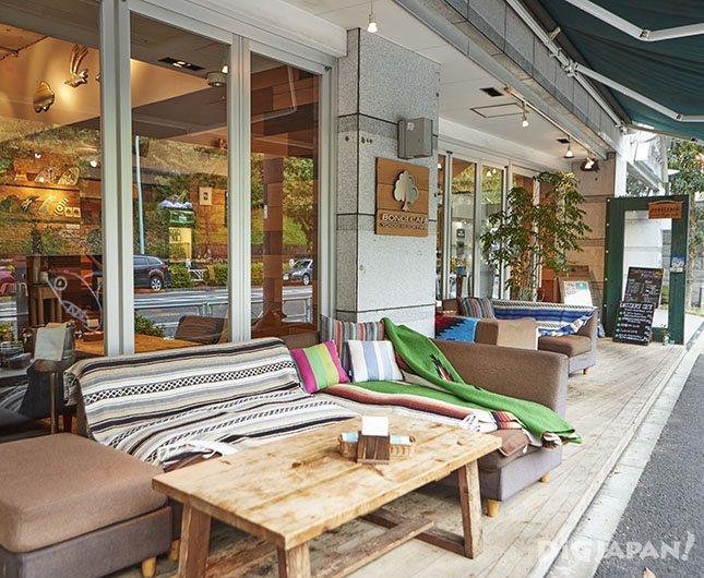 BONDI CAFE YOYOGI BEACH PARK_テラス席