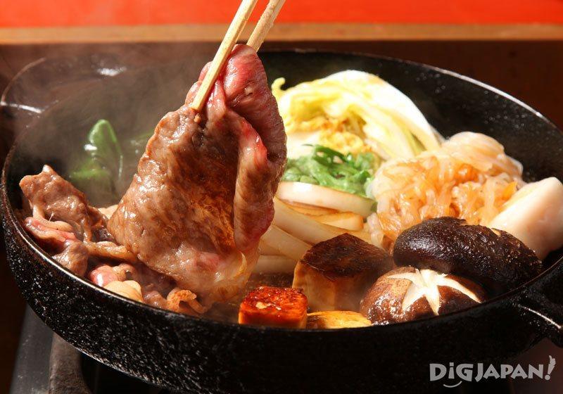 Japanese hot pot: sukiyaki