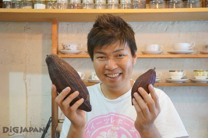 Chihiro, the owner of Chocolate Laboratory in Osaka
