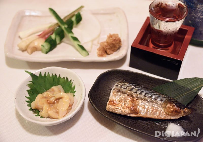Seasonal seafood at totobar Shinjuku
