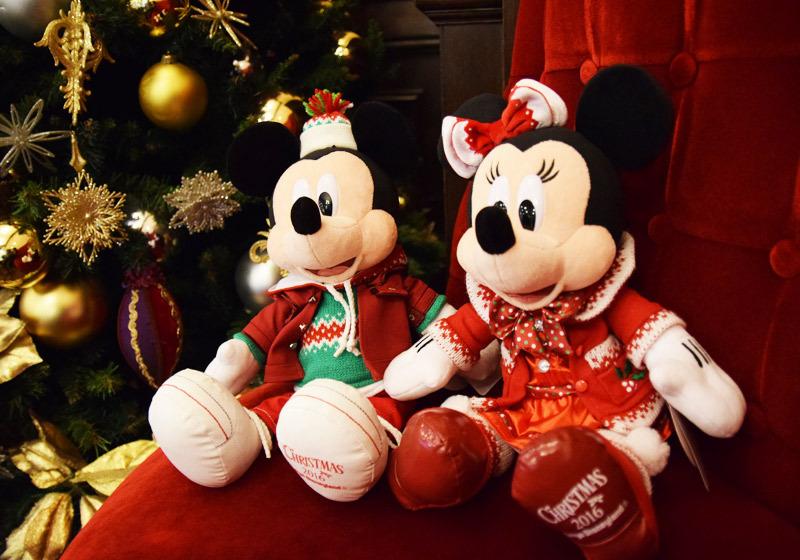 2016年新款服饰版的米奇和米妮造型玩偶