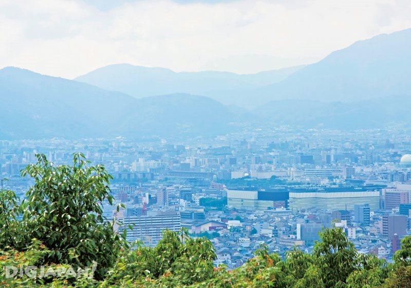 The view from the top of Fushimi Inari Taisha Shrine