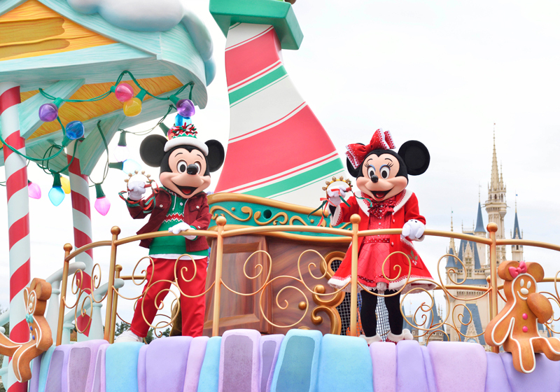 Mickey and Minnie where their holiday best.