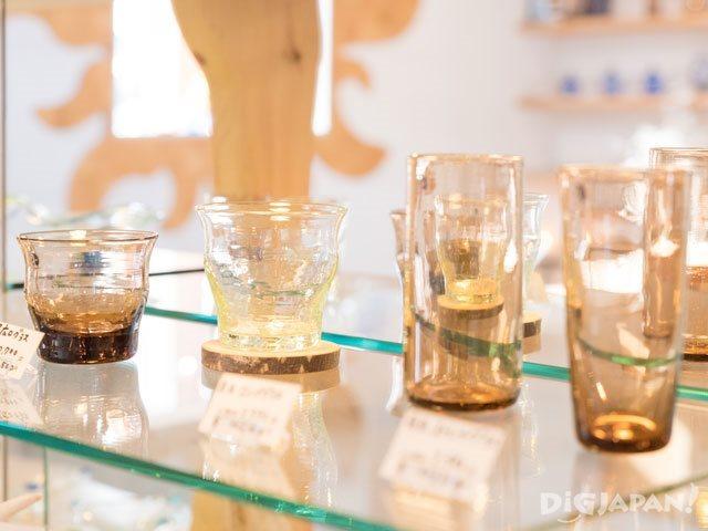 回收再利用素材製成的玻璃杯
