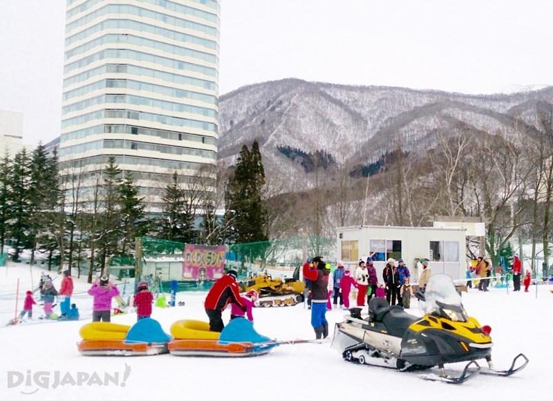 雪上遊樂園2橡皮艇