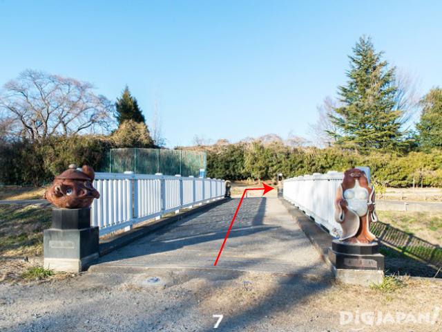 พอข้ามสะพานก็จะเจอกับ Tobu Treasure Garden ทางด้านขวาค่ะ