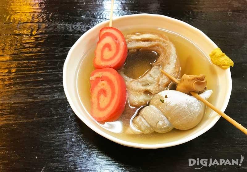 왼쪽부터 아카마키, 쿠루마후(밀개떡), 소라