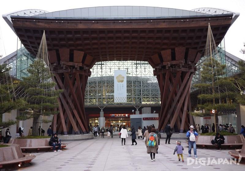 金澤車站白天