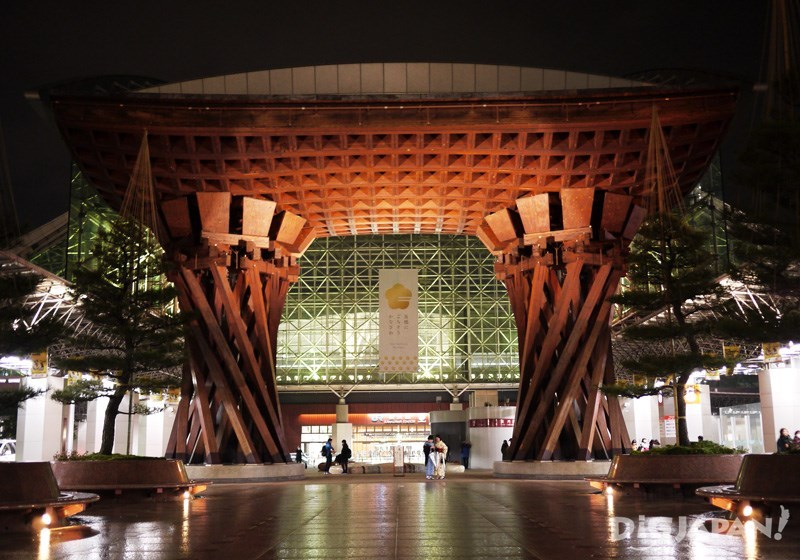 金澤車站夜晚